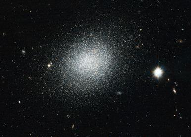 galáxia UGC 5497