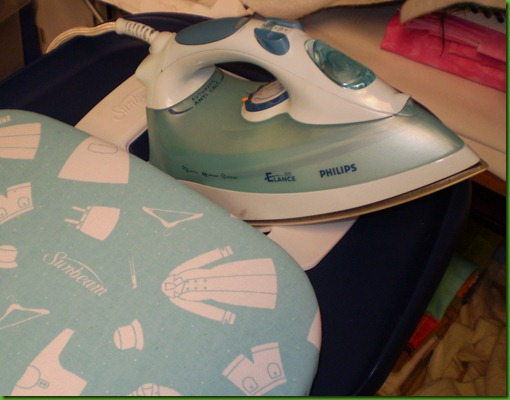 2012 Sunbeam ironing board iron holder