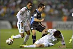 Bolívar vs León
