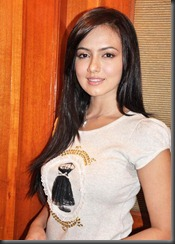 south-indian-sana-khan-hot-pic