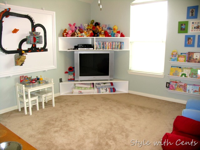 Creating an Inexpensive Playroom from Style with Cents www.stylewithcents.blogspot.com 10