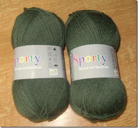 2013_08 Sockenwolle in grün