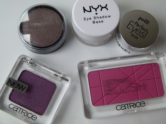Blush Eyeshadow Base