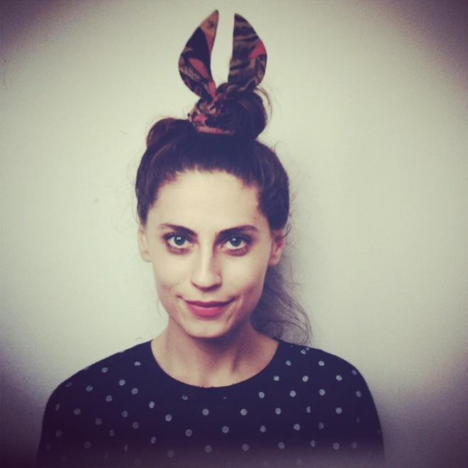 Maja Frankovic wearing 3 Ptice