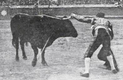 1917-03-11 (p. 19 La Lidia) Fortuna pasando de muleta