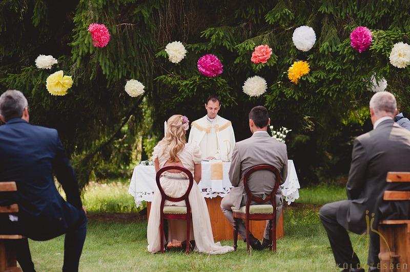 Sipos Szabolcs, Küldetésben, esküvői fotók, jegyesfotózás, riport, életképek, Szent Anna tó, szabadtéri esküvő, Csíkszereda, Park Hotel