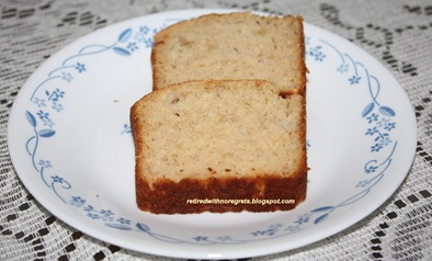 Banana Apple Bread - served B