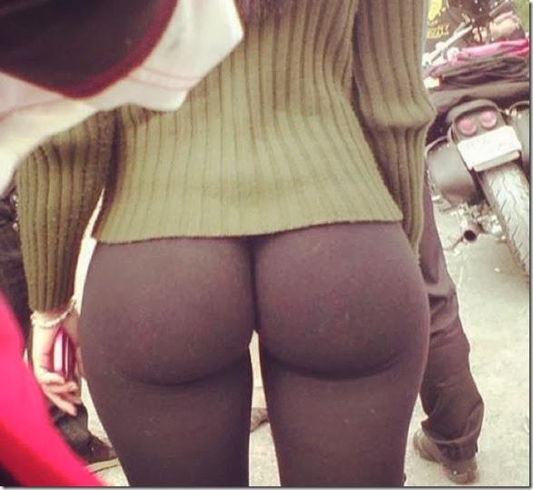 yoga-pants-please-023