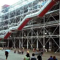05.- Rogers y Piano. Centro Pompidou