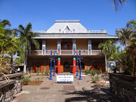 Obiective turistice Port Louis: Muzeul timbrului albastru de Mauritius