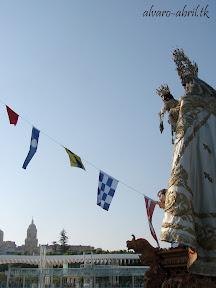 procesion-carmen-coronada-de-malaga-2012-alvaro-abril-maritima-terretres-y-besapie-(69).jpg