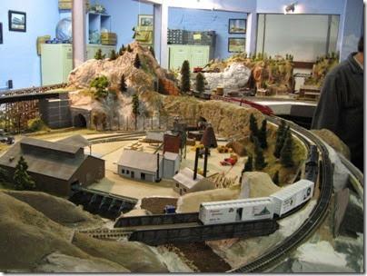 048 Polk Station Rail in Dallas, Oregon on December 11, 2005