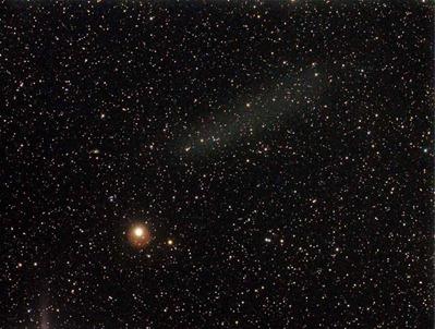 os restos do cometa Elenin