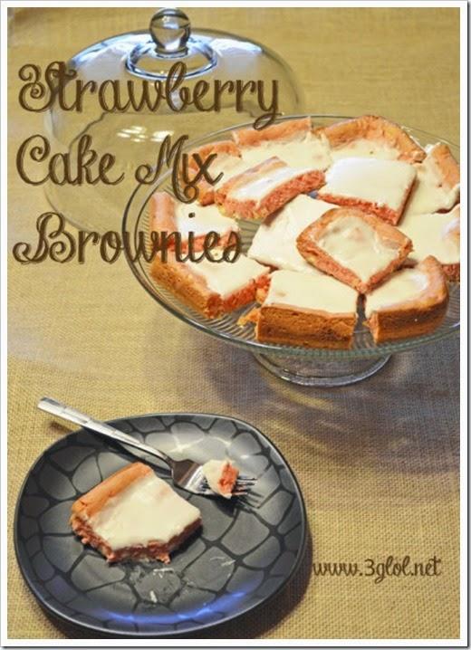 Strawberry-CAKE-MIX-Brownies