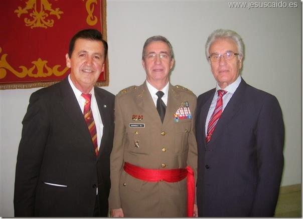 Con el Jefe del Ejército durante la celebración del acto