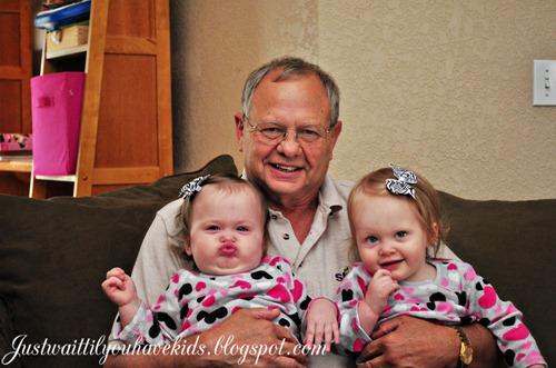 10-06-12_Papa-Mills-&-Girls