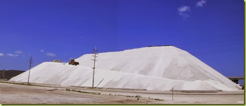 Milw_road_salt_pile-crop
