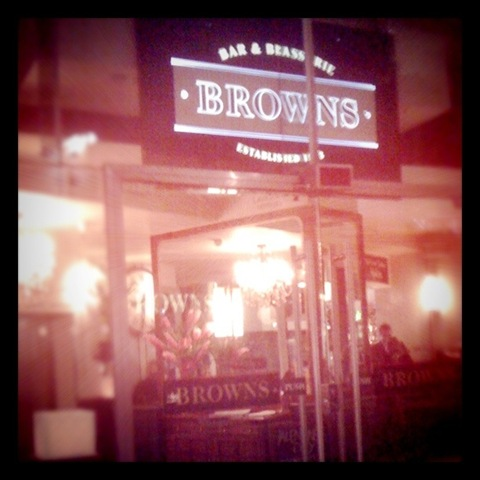 #32 Missed train so dinner at Browns
