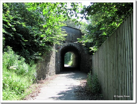A rather tight curved tunnel on the old railway line at Markinch.