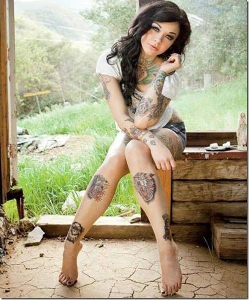 hot-women-tattoos-46