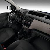 2013-Dacia-Dokker-Official-42.jpg