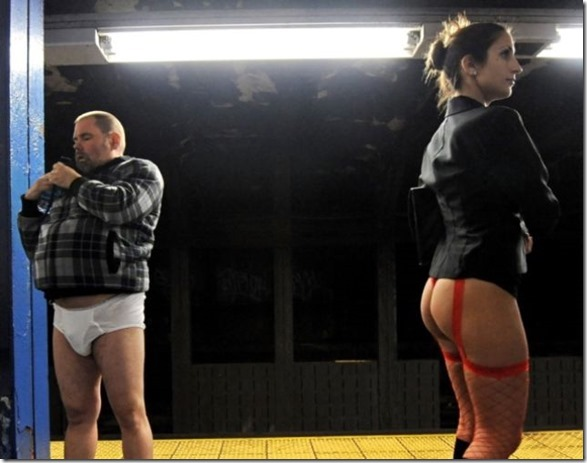 no-pants-subway-31