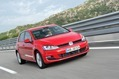 2013-Volkswagen-Golf-09