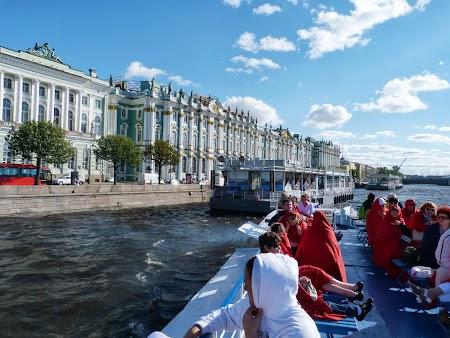 Muzeul Ermitaj: Croaziera pe Neva