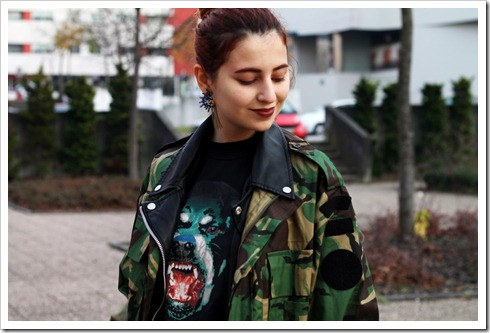 military dog t-shirt streetstyle details