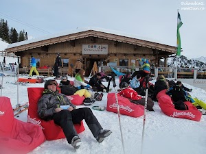 5-6222-Zillertal-Arena-ski_rw.jpg