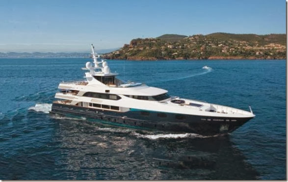 luxury-yachts-toys-12