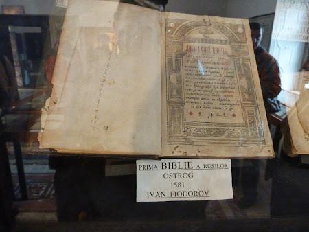 11. Prima biblie a rusilor.JPG