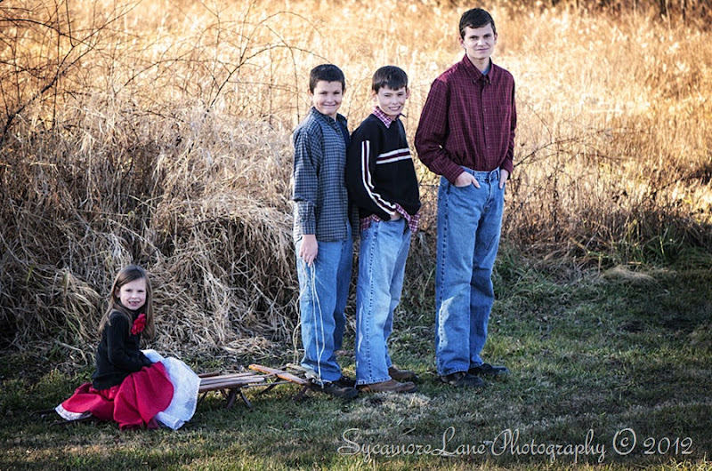 Kids Christams photo shoot 2012-6-SycamoreLane Photography