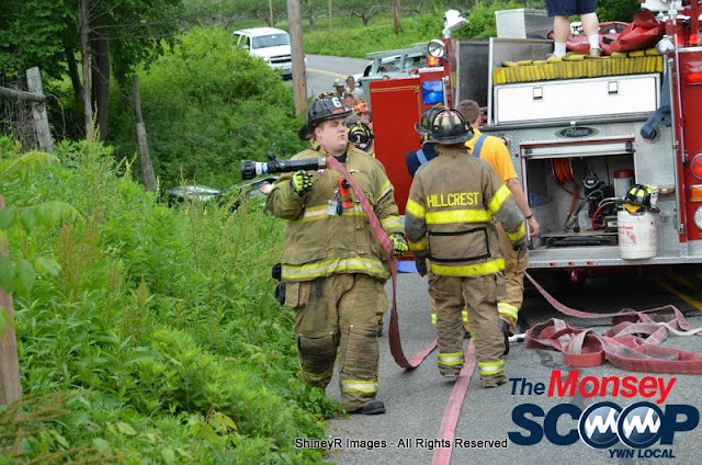 MVA With Entrapment On S. Mountain Rd - DSC_0042.JPG
