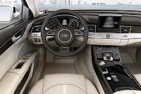 2014-Audi-A8-18.jpg