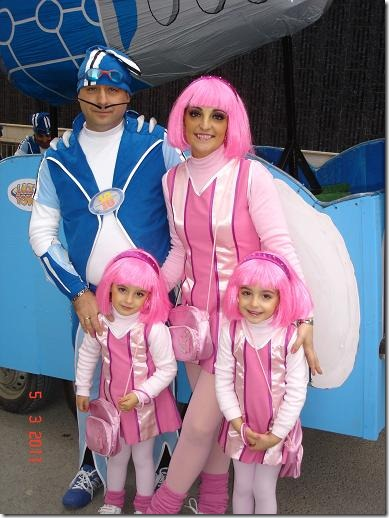 idisfraz com lazy-town-stephanie-y-sportacus jpg (4)
