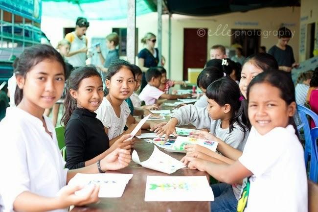 2014-09-28 Elle Cambodia 13909
