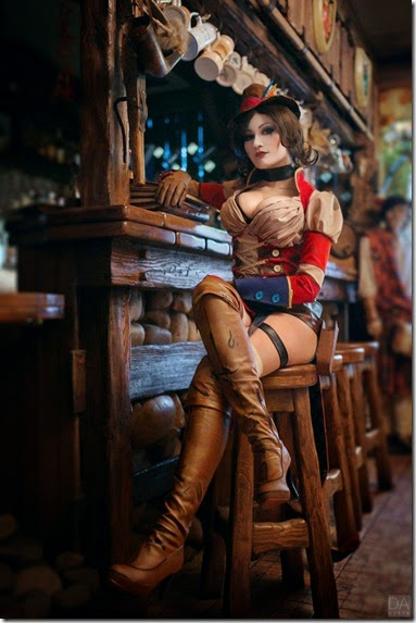 mad-moxxi-cosplay-009