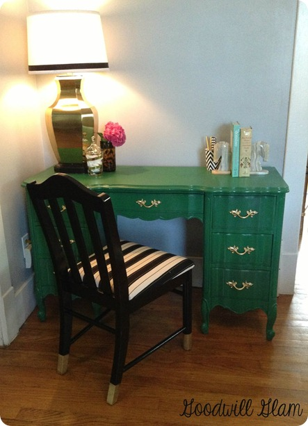 kelly green furniture