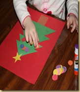 making-shape-christmas-tree
