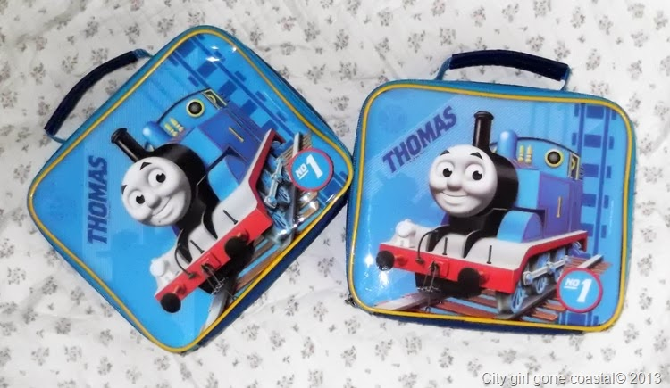 2 thomas the tank engine lunch bags