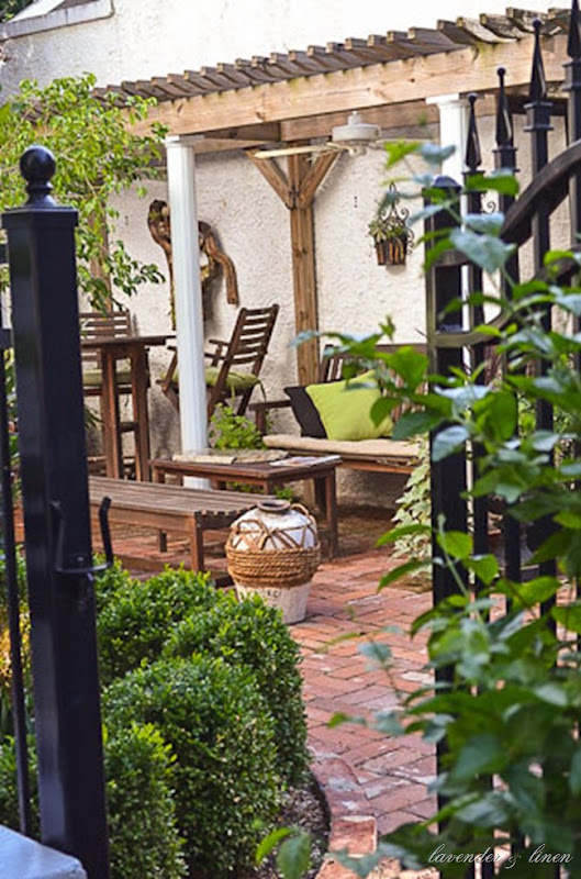 courtyard 028