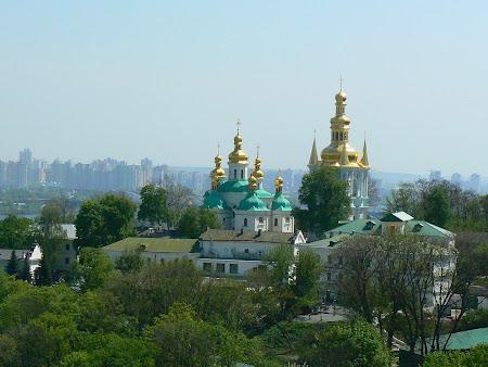 Ce e de vazut in Kiev: Pecharska Lavra de jos.JPG