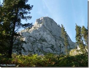 Vista del paredón rocoso - Anboto - Bizkaia