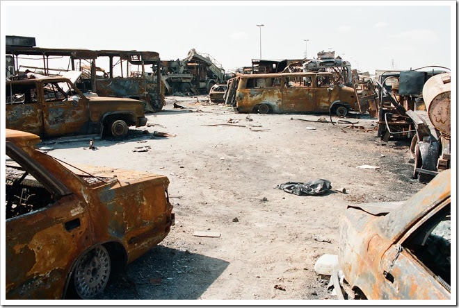 Kuwait-invasion-Highway-of-Death-4106