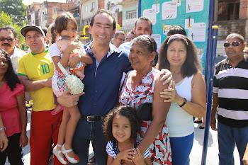 Moradores agradecem Chico Brito pela transformação do Jd. Laila