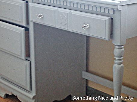 Dumpster desk 001