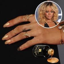 Rihanna's Gold Nails