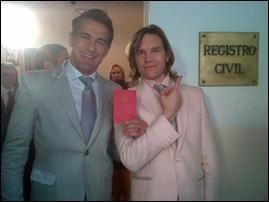 Guille (Juan Gill Navarro) e Fernando (Ivo Cutzarida)