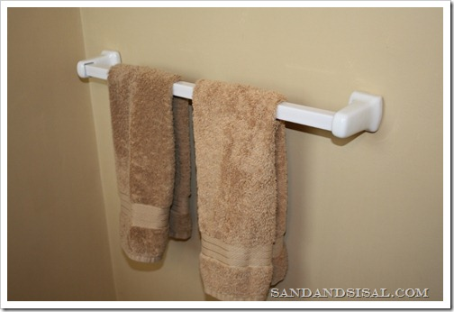 towel rack (800x533)